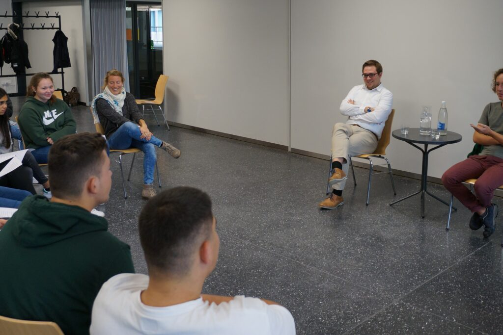 Diskussionsforum mit Alexander Martinolli und Milo Schefer